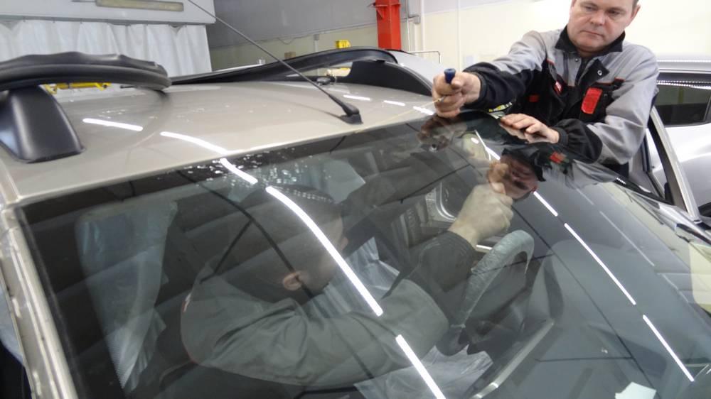 Замена ветрового стекла в Техническом Центре «ВОЛИН»