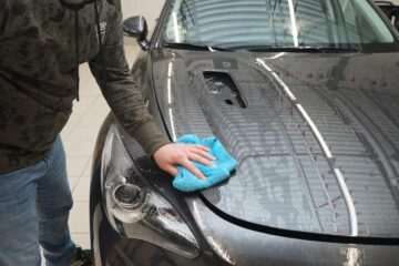 Защита кузова автомобиля PU-пленкой в ТЦ ВОЛИН