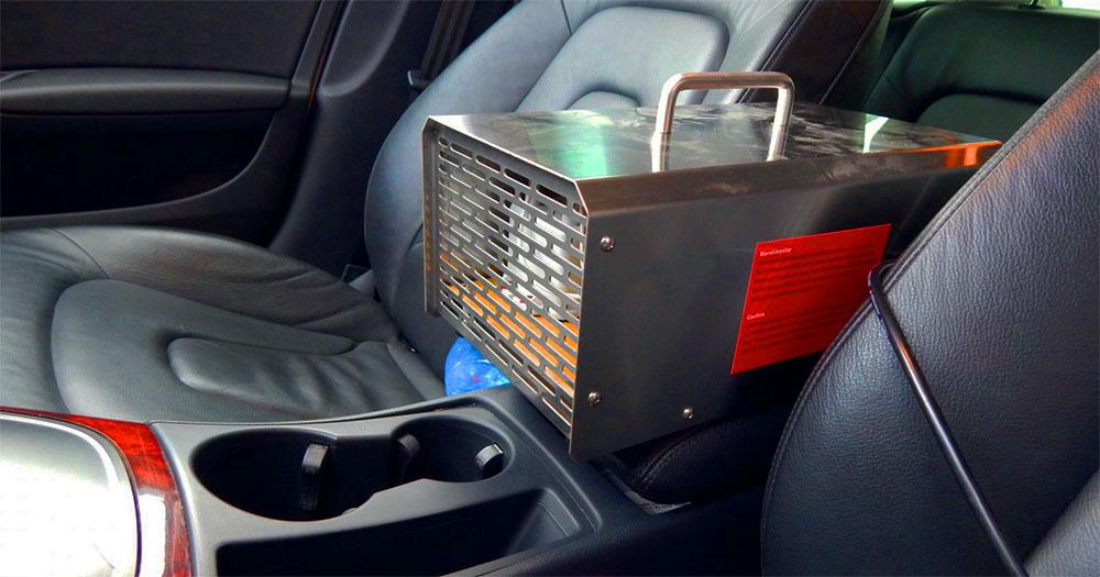 Озонообработка салона автомобиля в подарок (экономия - 2000 рублей)